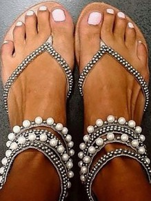 Silver Round Toe Flat Pearl Fashion Sandals