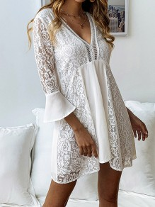White Patchwork Flounce Lace Bodycon Flowy 3/4 Sleeve V-neck Sweet Mini Dress