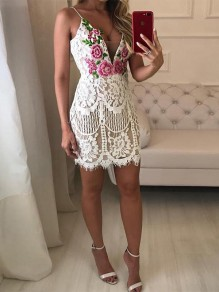 b3a15daa8dee White Patchwork Lace Floral Embroidery Spaghetti Strap V-neck Bodycon Party  Mini Dress