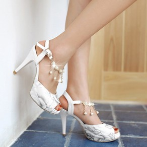 White Piscine Mouth Stiletto Chain Buckled Casual Ankle Sandals